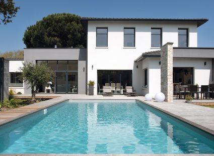 maison design avec piscine en centre ville