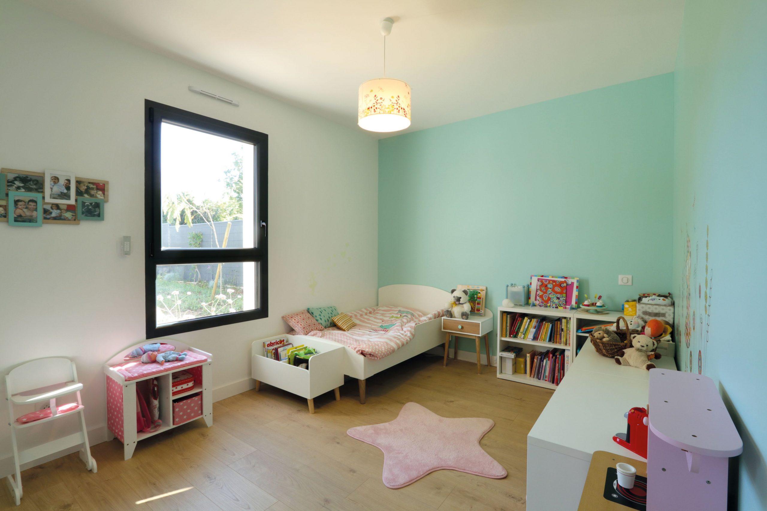 chambre de fille colorée