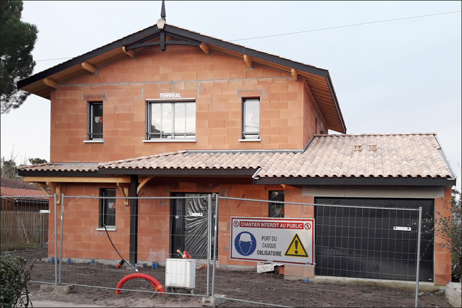 chantier maison interdit au public