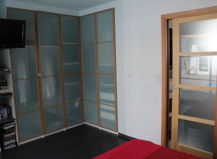suite parentale avec portes bois verre dépoli