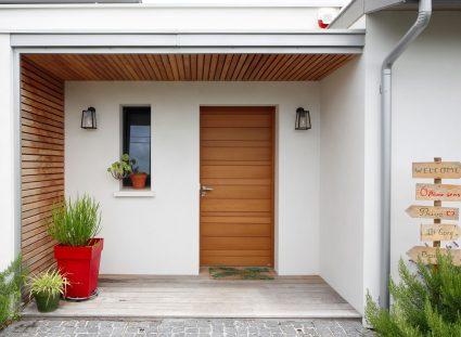 maison a bordeaux avec porche entrée