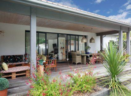 maison plain pied avec terrasse couverte