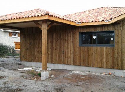 maison avec bardage bois