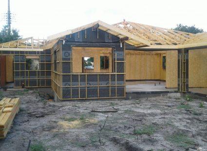 murs bois recouvert de pare-pluie