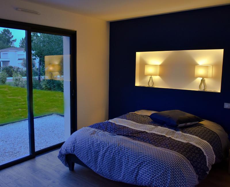 chambre avec lumières tamisées