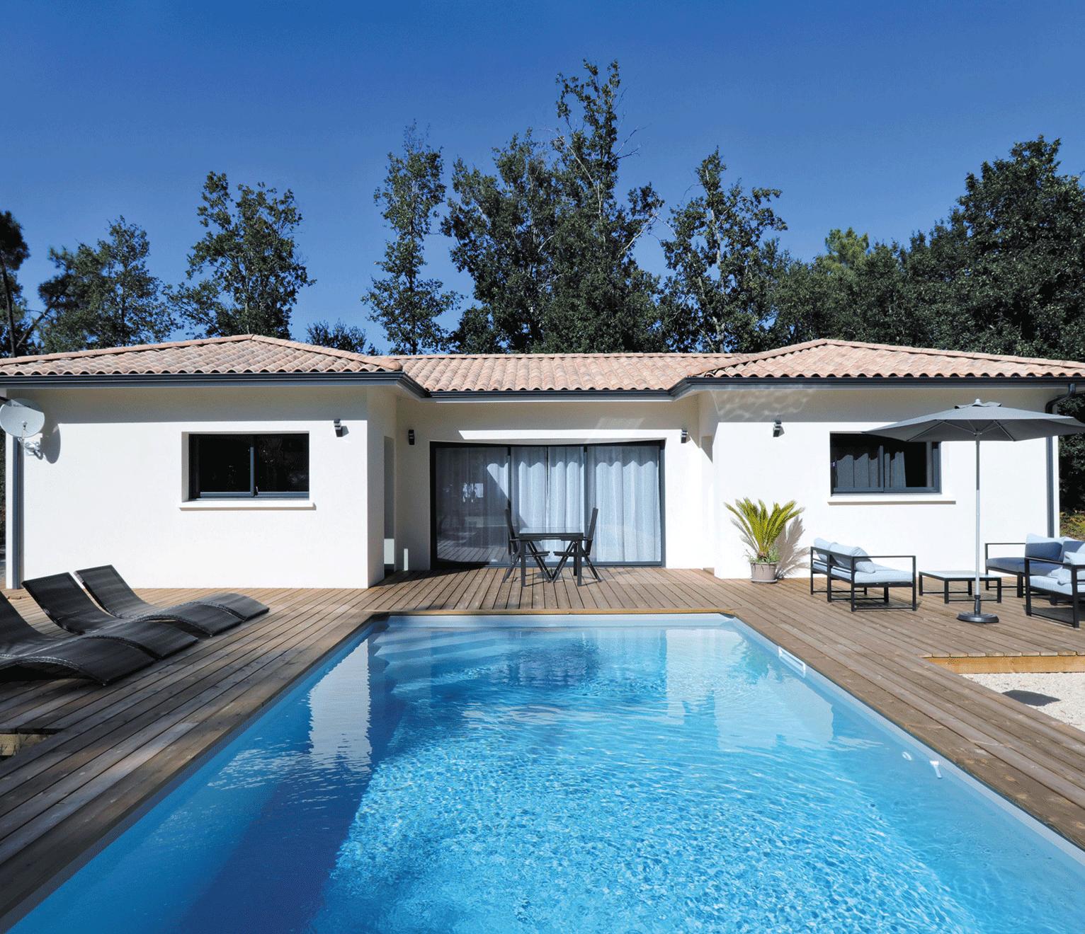 maison moderne avec un plan en H