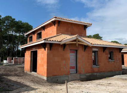maison a étage en construction